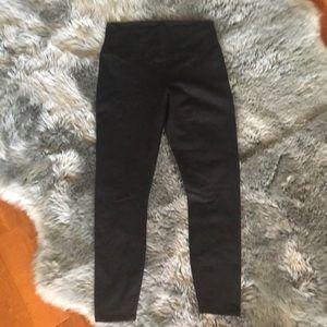 New Fabletica 7/8 leggings -size medium